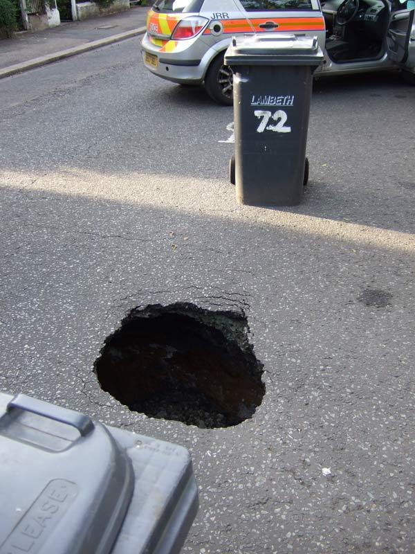 streatham_pothole_1_hi